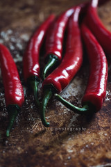 red (asri.) Tags: foodphotography 2016 105mmf28 fruitsvegetables foodstyling darkbackdrop