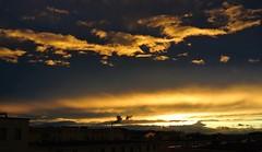 Sonnenuntergang an einem windigen Tag (Bild_Switch) Tags: sun clouds dawn sonnenuntergang wind wolken sonne darmstadt schornstein rauch