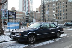 Volvo 780 Coupe (Flint Foto Factory) Tags: street city blue winter urban italy snow chicago beautiful volvo illinois italian sweden granville 1987 parking north 1988 january swedish neighborhood parked 1991 1989 sheridan curb import kenmore coupe edgewater 1990 styling linear bertone curbside 2016 2door blocky 780 automaker worldcars