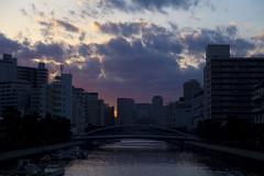 清澄白河 (mijabi) Tags: japan tokyo 15 m42 日本 東京 magichour f15 75mm biotar 清澄白河 carlzeissjena eos6d ビオター カール・ツァイス・イエナ