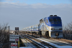 AMT 1325 (Michael Berry Railfan) Tags: train quebec montreal lasalle canadianpacific cp commutertrain amt passengertrain emd gmd f59phi agencemtropolitainedetransport adirondacksub amt1325