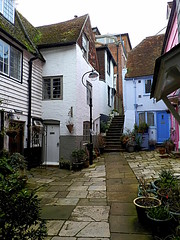 Hastings Old Town (cngphotographic) Tags: old england english architecture town seaside spring fishing passages olympus historic bourne features hastings passage oldtown highstreet eastsussex cinque springtime weatherboard lanes cottages cinqueports