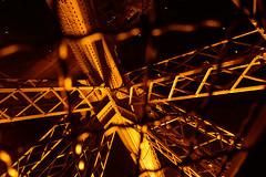 La Tour d'Eiffel (-col-) Tags: paris tower eiffel eiffelturm gitter abstakt