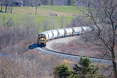 Viewing the Curve from Goshen Rd. (amtrakextra) Tags: 2001 trains westbound waldoboro goshenrd cmqr rocklandbranch