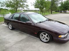DSC04723 (oscarahsan) Tags: red classic chevrolet dark floor ss 1996 chevy impala 57 shifter liter 96 chery lt1