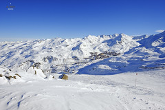 View of the village from Moutiere (A. Wee) Tags: france alps valthorens  troisvalles les3valles moutiere