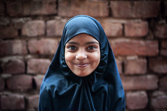 Smiley girl - Mathura - Uttar Pradesh (Rajkumar Pandian) Tags: portrait girl smile smiley cwc mathura chennaiweekendclickers 121clicks cwc497