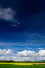 D E E P   B L U E (frank-heinen-photographer) Tags: blue sky cloud nature landscape deutschland spring mood outdoor himmel blau agriculture polarizer landschaft deu nordrheinwestfalen frhling leefilters fujifilmxt1 leend06softgrade wwwfrankheinenphotographerde xf1655mmf28rlmwr