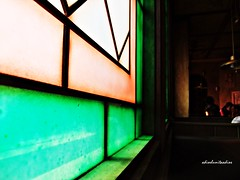 030.- Luces y sombras (adioslunitaadios) Tags: luces lucesysombras fujifilm interiores vidriera lucesdecolores