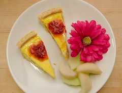 Chef Alex Ong 4/19-4/20/16 (UMassDining) Tags: flower alex apple plate cheesecake chef meal apples guest ong