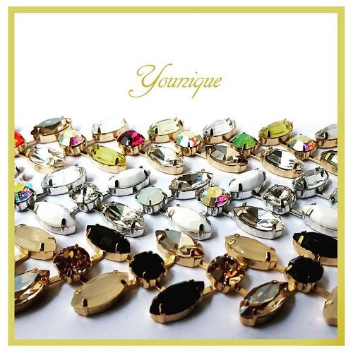 Raffinati ed eleganti, i bracciali Younique impreziosiranno ogni vostro outfit. Vieni in Store a scegliere il tuo colore o ordinalo presso i rivenditori autorizzati Younique. #bracelets #armparty #younique #accessori #personalizzati #madeinitaly #handmade