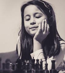 Learning in progress - 364:365 (susivinh) Tags: girl think chess niña thinking pensive pensar ajedrez pensando pensativa