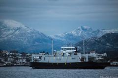 Gulen (sindre97) Tags: light sea bw mountain snow norway ferry boat norge fishing ship vessel tugboat fjord fjell ålesund ferge gulen toug hessafjorden