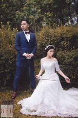 Jan 11th prewedding (WillyYang) Tags: wedding portrait 50mm taiwan  prewedding weddingphoto weddingphotography 50mmf12 canon6d  red