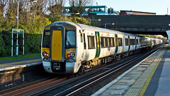 387122 (JOHN BRACE) Tags: white station last one see saw day year first class since need emu seen derby built bombardier 387 thameslink livery 2014 horley 3871 electrostar 387122