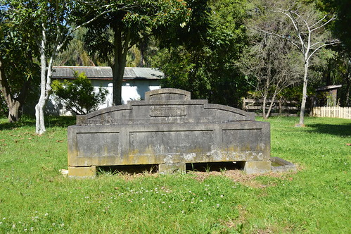 Gosford Bills Horse Trough 001