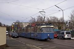 P-Zug 2005/3037 auf der Fahrt zum MVG-Museum in der Aschauer Straße (Frederik Buchleitner) Tags: 2005 munich münchen tram streetcar 3037 trambahn pwagen linie7 strasenbahn museumstram mvgmuseum museumslinie