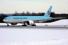 Korean HL8005, OSL ENGM Gardermoen (Inger Bjørndal Foss) Tags: norway cargo korean boeing 777 osl gardermoen engm hl8005