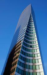Tour EDF. La Dfense, Paris (jjcordier) Tags: architecture immeuble dfense quartier edf puteaux affaires touredf