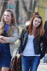 ,  (akk_rus) Tags: street girls people woman girl lady nikon women candid nikkor 70300mm   d80 nikond80 70300mmf4556gvr nikkor70300mmf4556gifedafsvr
