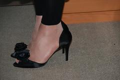20100725_16_13_22_00497.jpg (pantyhosestrumpfhose) Tags: feet stockings shoes legs pantyhose schuhe nylons strumpfhose collants pantyhoselegs sheerlegs nylonlegs