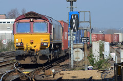 Out Of The Yard (pete.callaway) Tags: eastleigh class66 ews dbcargo containertrain 66199