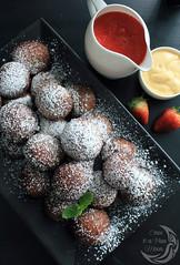 bombolini2_wm (inabluemoon.net) Tags: italian strawberry donuts ricotta coulis cremeanglaise bomboloni