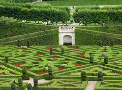 2009 08 03 Francia - Centro - Villandry - Castelli della Loira - Giardini_1987 (Kapo Konga) Tags: parco centre francia castello villandry giardino aiuola castellidellaloira