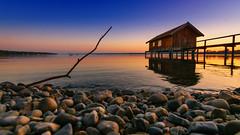 Haus am See (jochen.bogomiehl) Tags: sunset bayern bavaria see am sonnenuntergang haus ammersee stegen