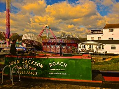 Stourport-on-Severn (Coalboater) Tags: boat canal fairground fair severn gaudy locks coal roach funfair stourport