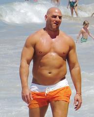 IMG_0736 (danimaniacs) Tags: shirtless man guy mexico muscle muscular bald hunk puertovallarta trunks swimsuit stud