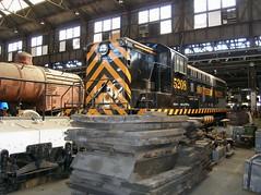 SP 5208 Sacramento 9-22-05 2 (jsmatlak) Tags: railroad museum train engine sp shops locomotive sacramento csrm