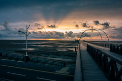 Sunset on the Pier (tabulator_1) Tags: sunsets southport southportpier