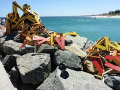 The Break Wall - Elyssa Sykes-Smith (Figgles1) Tags: sea sculpture wall break cottesloe sculpturebythesea sculptures 2016 p1010799 thebreakwall elyssasykessmith