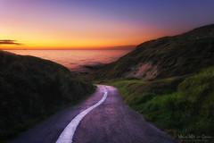 Bajada a Azkorri (Mimadeo) Tags: ocean road sunset sea sky cliff beach way dawn evening twilight spain dusk path cliffs lane bizkaia euskalherria euskadi vizcaya basquecountry paisvasco getxo azkorri