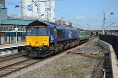 66429 Warrington Bank Quay 22/04/2016 (Brad Joyce 37) Tags: blue sunshine train diesel bluesky mk2 locomotive anglia class66 drs warringtonbankquay 9527 66429 stockmove