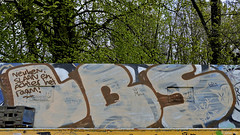 Den Haag Graffiti (Akbar Sim) Tags: holland netherlands graffiti nederland denhaag thehague lbs zuiderpark agga akbarsimonse akbarsim neukenslaanenachterhetraam
