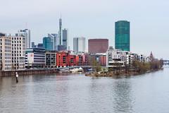 Westhafen mit Skyline in Frankfurt von der Main-Neckar-Brcke (pictures_of_germany) Tags: skyline de deutschland hessen frankfurt westhafen hohlbeinsteg frankfurtammain frhjahr