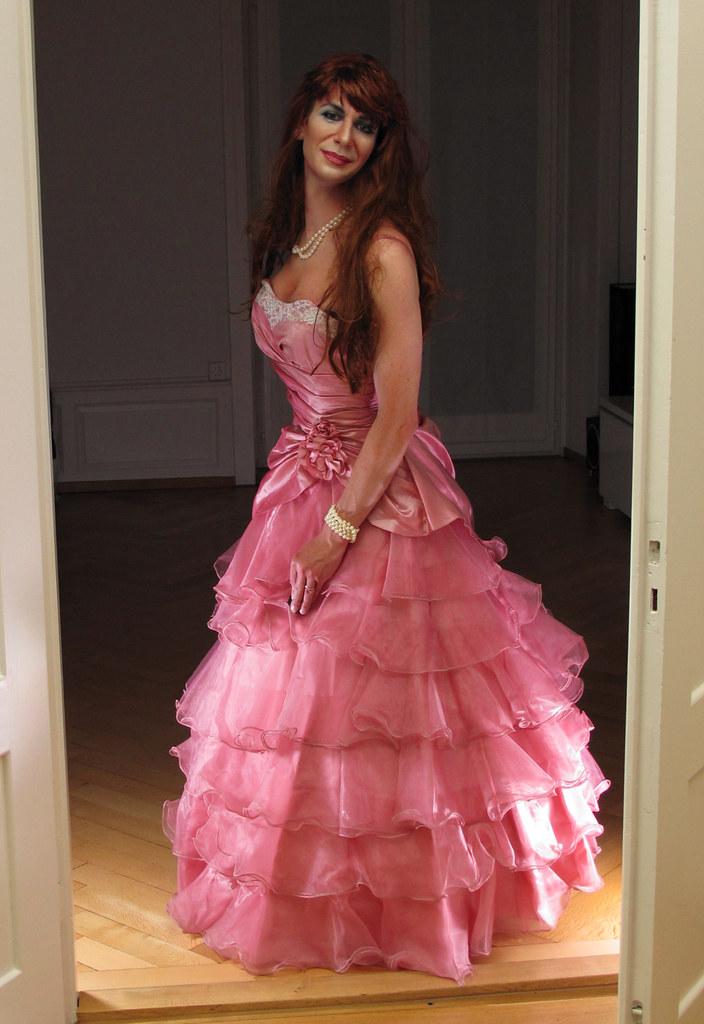 Transvestite evening dress idea
