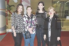 DSC_3444.- María Teresa Cantú de Salinas, Nidia Pérez de Romero, Ana Lizeth Salinas Cantú e Irma Amelia García de De la Garza.