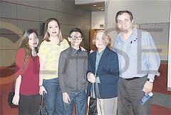DSC_3442.- Marcela Villa, Elda Pérez, Enrique Villa, Adela Salazar de González y Arturo González.