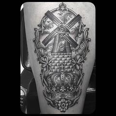 Would love to do more stuff like this, fun and fast, just black😎 #black #whipshaded #dutch#tattoo #windmilltattoo #pooch #alteredstatetattoo #darkartists @tattooartistmagazine @tattooculturemagazine