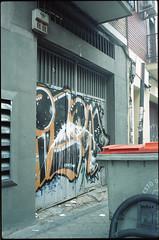 2015 (uno900) Tags: madrid street españa art graffiti spain arte urbano graffitis graffitimadrid streetartmadrid arteurbanomadrid