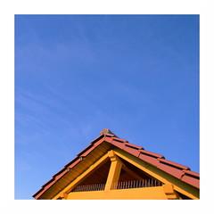 sunroof | Sonnendach (rainbowcave) Tags: roof winter sun tile sunny bluesky sonnig sonne dach ziegel