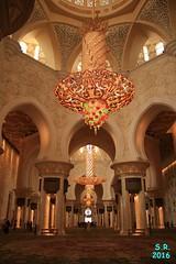 Abu Dhabi Februar 2016  40 (Fruehlingsstern) Tags: abudhabi marinamall ferrariworld canoneos750 scheichzayidmoschee