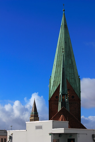 "Vom Turm zum Turm (04.2) • <a style=""font-size:0.8em;"" href=""http://www.flickr.com/photos/69570948@N04/25157711351/"" target=""_blank"">View on Flickr</a>"