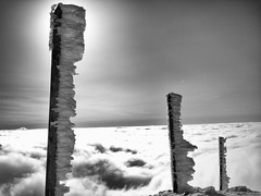 Vercors en hiver... (Jacques Rochet) Tags: montagne alpes vent noir hiver au neige nuages vercors et blanc froid dessus mtorologie congre