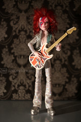 ziggy played guitar (event-photos4dreams (www.photos4dreams.com)) Tags: doll oneofakind ooak painted hobby made hobbies custom davidbowie puppe ziggystardust aladdinsane handgemacht handbemalt photos4dreams photos4dreamz p4d eventphotos4dreams monsterhigh fromnonametoziggystardustp4d