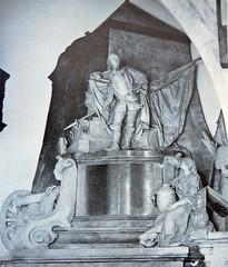 Generalissimo - Walton on Thames (jmc4 - Church Explorer) Tags: park church monument thames ashley surrey shannon dorset bessborough sackville walton ponsonby effigy boyle boyne orrery cranfield waltononthames  roubiliac netherhall colyear folliott senthouse
