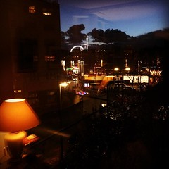 Nieuwmarkt, Amsterdam (Harry -[ The Travel ]- Marmot) Tags: city urban holland netherlands dutch amsterdam night square lights evening nederland fair stedelijk squareformat bluehour nl avond nieuwmarkt mokum hefe kermis stad hollands donker stads stadsarchief schemerlamp flesseman iphoneography instagramapp uploaded:by=instagram darmness allrightsreservedcontactmebyflickrmail
